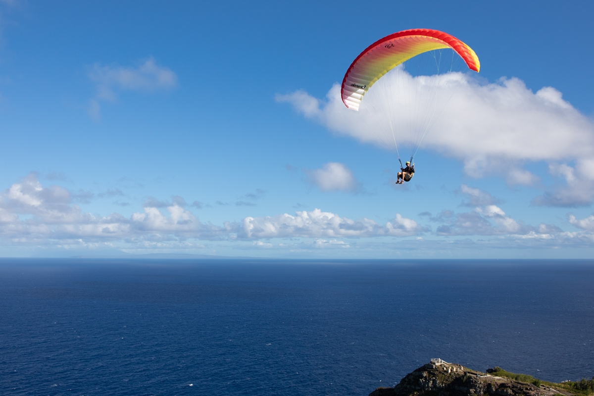 Ozone Element 3 Red Tail Paragliding
