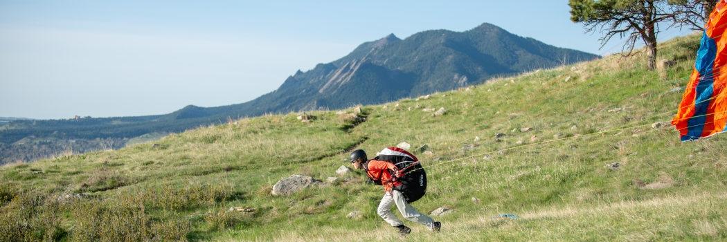 intro-paragliding-lessons-boulder-colorado